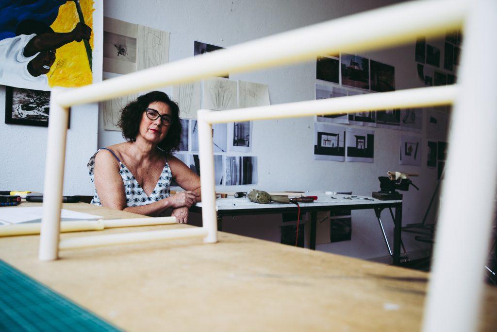 Ângela Ferreira, artista plástica e professora assistente na Faculdade de Belas Artes de Lisboa